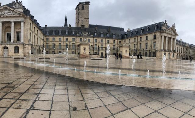 Dimanche 06 octobre - Le Palais des Ducs de Bourgogne, actuelle Mairie de Dijon