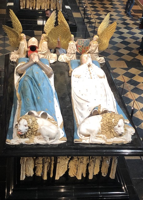 Le tombeau des Ducs de Bourgogne exposé au Musée des Beaux Arts